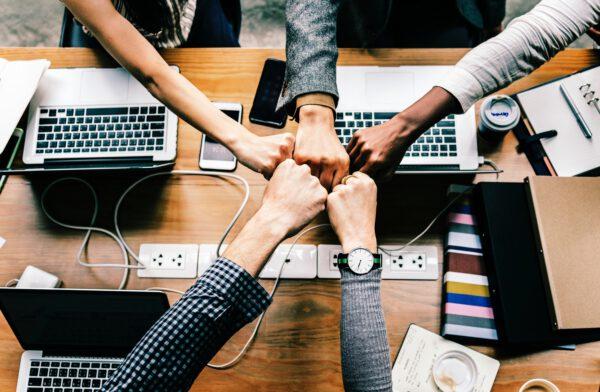 Mitglieder gesucht | Texter im Bereich Technik (Reviews, Hands-on, Tests, Ratgeber schreiben), Designer, Developer